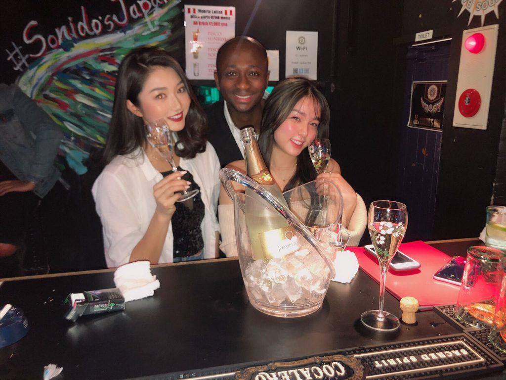 Sonidos Bar Roppongi クラブ 六本木 Club Roppongi